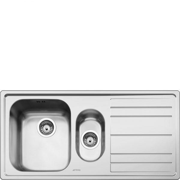 Lavello | Universale | Lavello saldato | Semifilo | Gocciolatoio: Destro | Numero vasche: 1 + 1/2 | Acciaio Inox